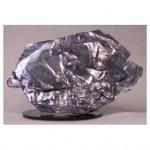 Natural crystal of MoS2 (K. Ueno)